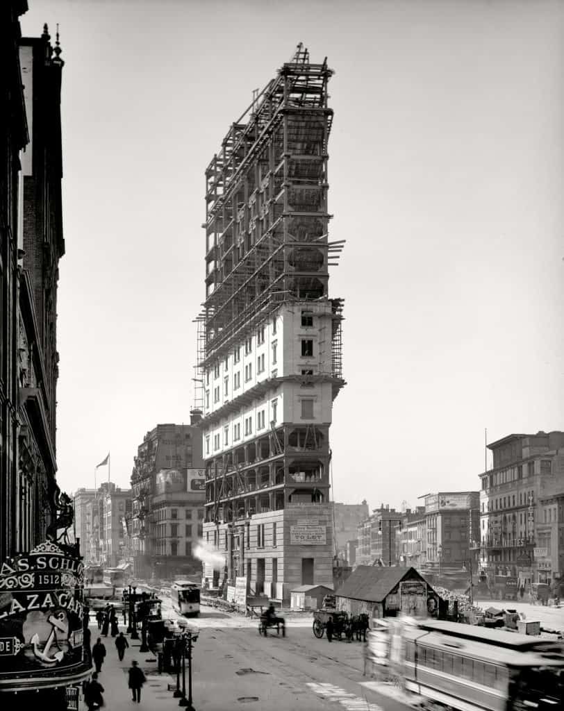 one_times_square_under_construction_1903-1